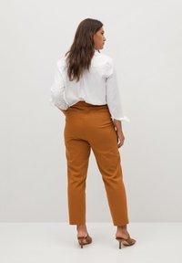 Violeta by Mango - CORE - Trousers - karamel - 2