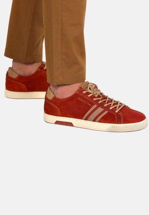 MARIUS CR H2G - Baskets basses - brick red