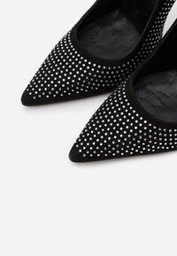 Oxitaly - CLAUDIE - High heels - nero - 5