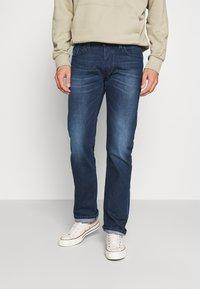 Diesel - LARKEE - Straight leg jeans - 009er - 0