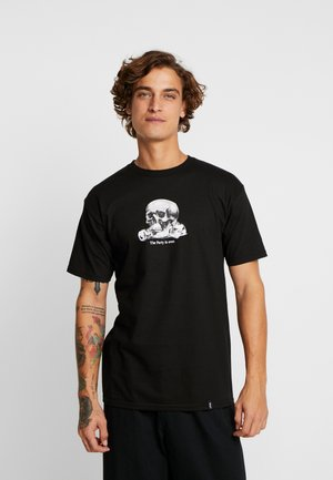 PARTYS OVER TEE - T-shirt z nadrukiem - black