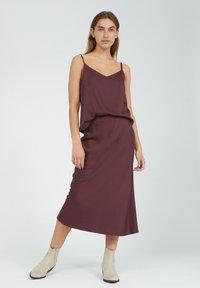 ARMEDANGELS - DEVORAA - A-line skirt - aubergine - 1