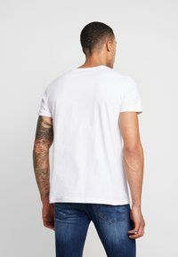 American Eagle - SET IN TEE  - Print T-shirt - white - 2