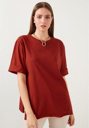 T-shirt basic - brick red