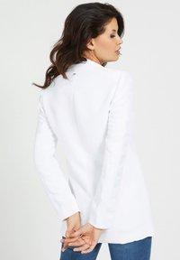 Guess - Short coat - weiß - 1