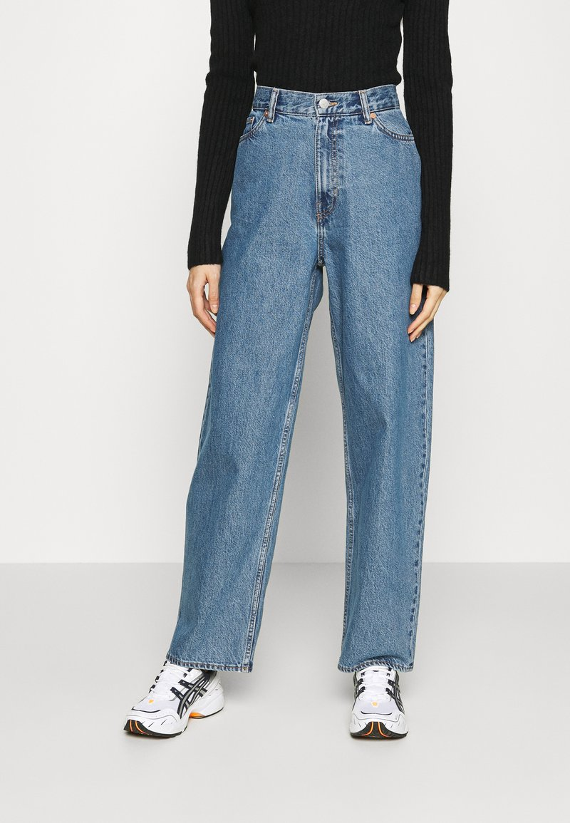 Weekday - RAIL  - Relaxed fit jeans - wash 90's blue