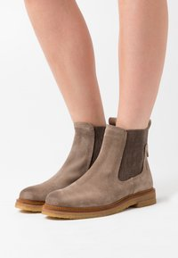 Marc O'Polo - BRENDA - Classic ankle boots - taupe - 0