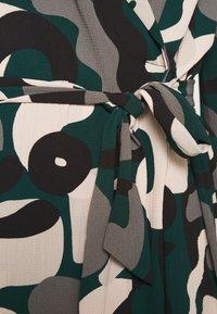 Monki - ANDIE DRESS - Kjole - green dark blobbyshapes - 5