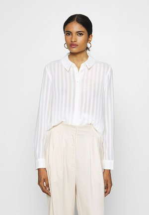 VIKAMOLIA SHIRT - Button-down blouse - cloud dancer