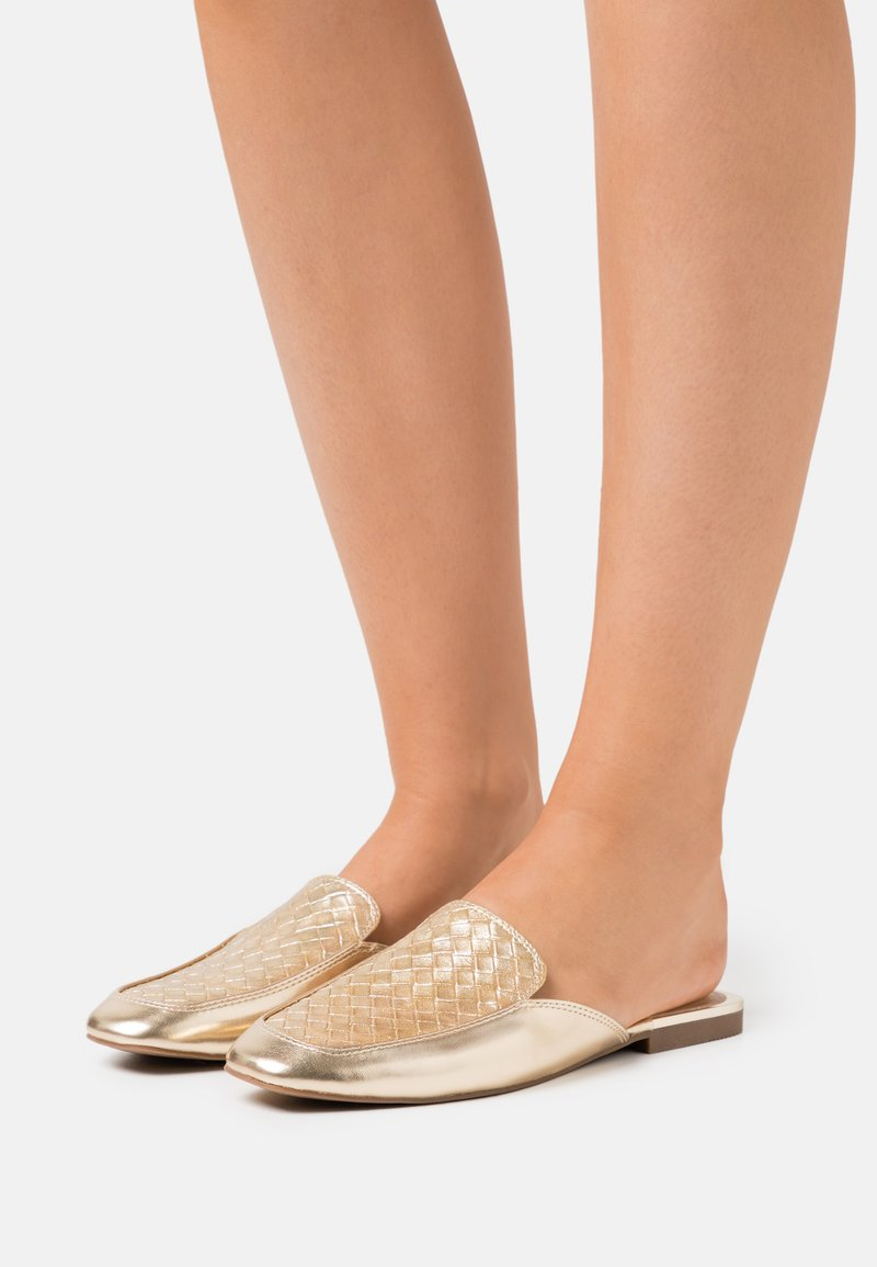 Call it Spring - VEGAN DOLLIE - Mules - champagne