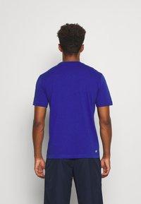 Lacoste Sport - HERREN - T-shirt - bas - cosmic - 2