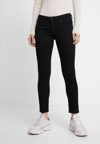 Pepe Jeans - LOLA - Skinny džíny - black denim - 0