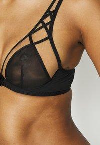 Agent Provocateur - CHERISE BRA - Underwired bra - black - 4