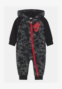 Nike Sportswear - CRAYON CAMO - Overall / Jumpsuit - black - 0