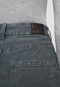 American Eagle - CURVY - Trousers - willow green - 4