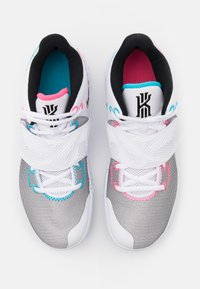 Nike Performance - KYRIE FLYTRAP III - Basketball shoes - white/black/blue fury/optic yellow/digital pink - 3