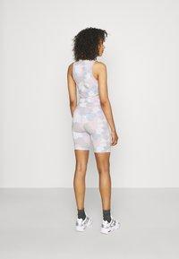 Nike Sportswear - Shorts - photon dust - 2