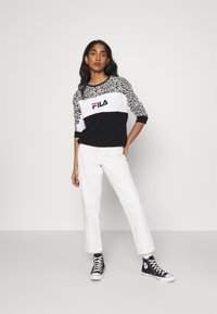 Fila - AMINA BLOCKED CREW  - Felpa - black/white - 1