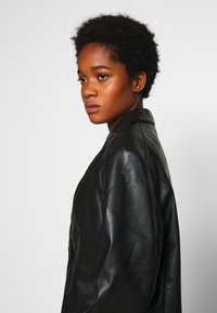 Monki - GRACE - Faux leather jacket - black - 3