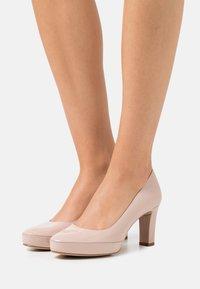 Unisa - NUMAR - Platform heels - dusty - 0
