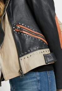 Maze - TICABOO - Leather jacket - black - 5