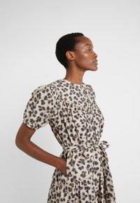 LK Bennett - REGO - Denní šaty - leopard - 4