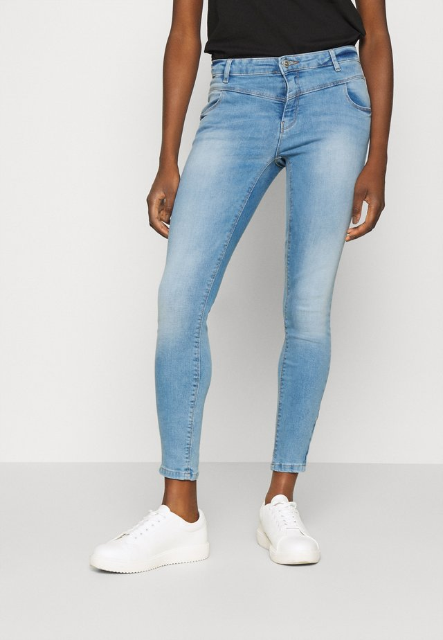 ONLMARIA KENDELL LIFE - Skinny džíny - light blue denim