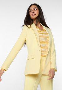 WE Fashion - Blazer - light yellow - 3