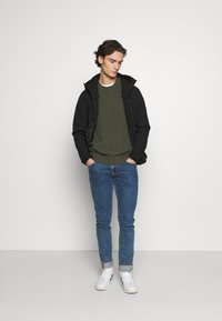 Jack & Jones - JJEPEARCE JACKET - Tunn jacka - black - 1