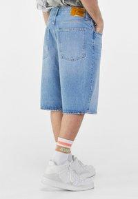 Bershka - Short en jean - blue denim - 2