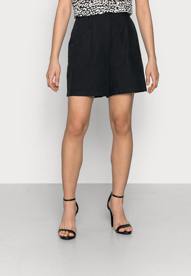 YASPERFA - Shorts - black