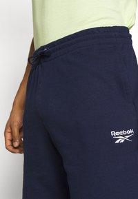 Reebok - SHORT - Sports shorts - navy - 3