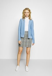 MAERZ Muenchen - CARDIGAN - Cardigan - forget me not - 1