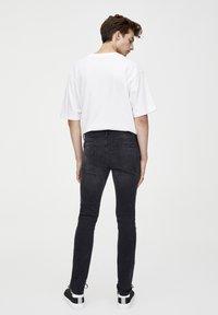 PULL&BEAR - Slim fit jeans - dark grey - 2
