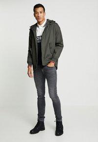 HARRINGTON - MICK HOODED - Summer jacket - kaki - 1