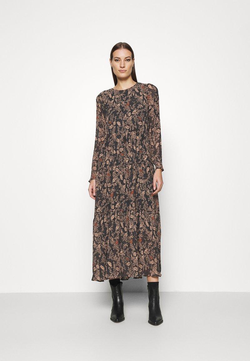 Lindex - DRESS KRINKLA - Maxi dress - offblack