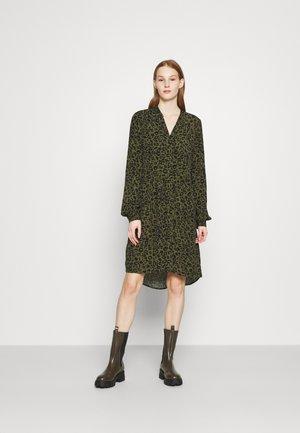 VMNANCY DRESS - Day dress - ivy green