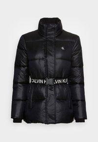 Calvin Klein Jeans - LOGO BELT WAISTED SHORT PUFFER - Winter jacket -  black - 3