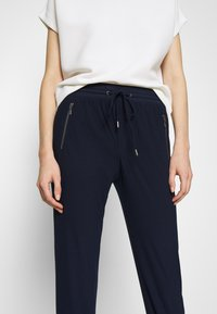 Esprit - Pantalon de survêtement - navy - 4