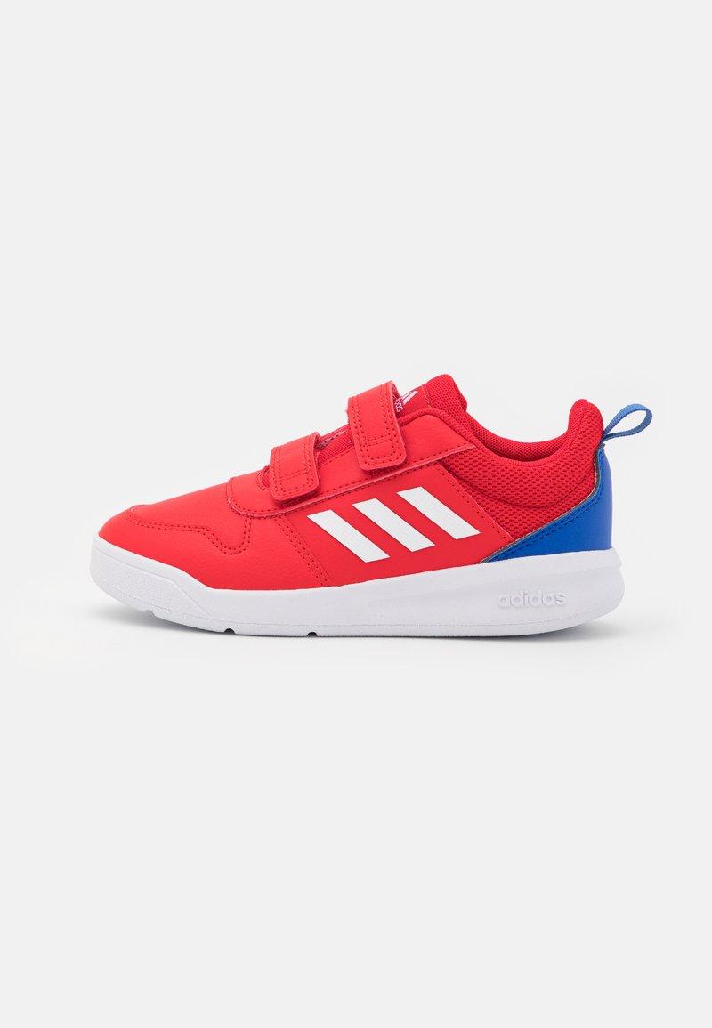 adidas Performance - TENSAUR UNISEX - Sportschoenen - scarlet/footwear white/team royal blue