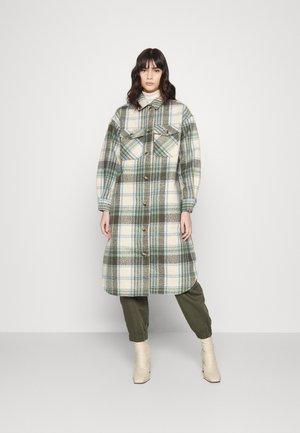 PCFINOLA LONG - Classic coat - pebble/pale iris/black olive
