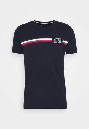 CORP SPLIT TEE - Print T-shirt - desert sky