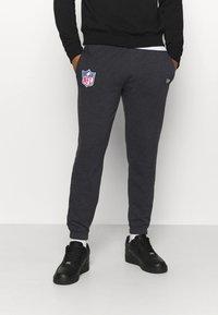 New Era - NFL HEATHER JOGGER - Tracksuit bottoms - black - 0