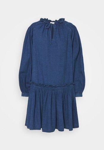 KARI - Denimové šaty - dark-blue denim
