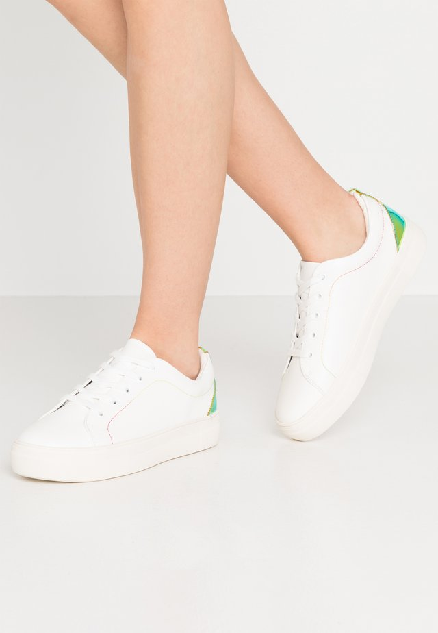 PRIDE - Zapatillas - white/multicolor