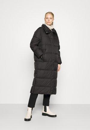 ARCTIC PUFFER COAT DETACHABLE HOOD - Winter coat - black
