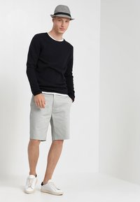 Selected Homme - SLHROCKY  - Neule - dark sapphire - 1