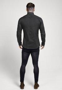 SIKSILK - STRETCH - Overhemd - dark grey - 2