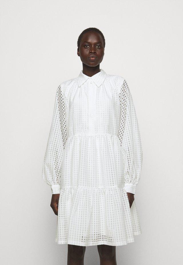 MOLISE DRESS - Skjortekjole - white