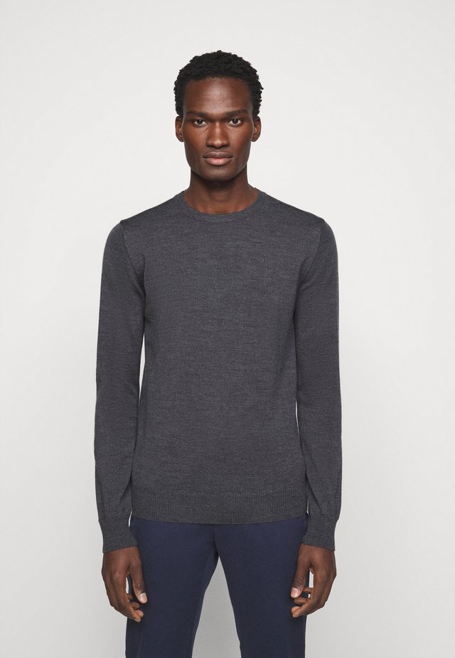 LYLE CREW NECK - Strikkegenser - dark grey melange